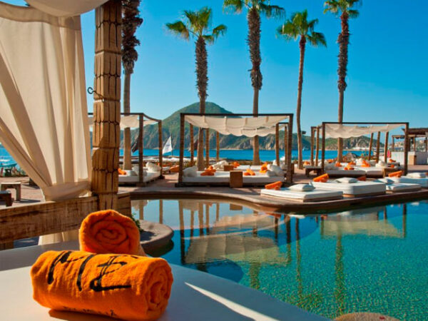 Is Me Cabo All Inclusive?