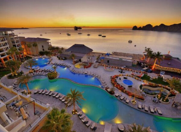 Hotels with Swimmable Beaches in Cabo