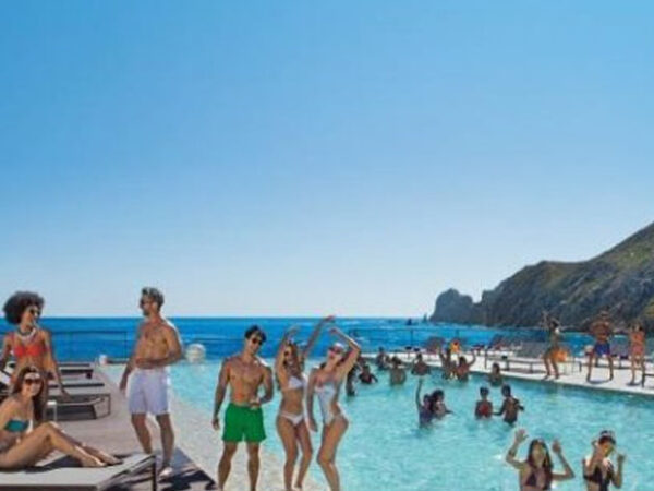 Best Resorts in Cabo San Lucas for Adults