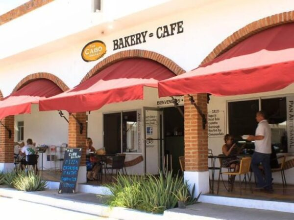 Cabo Bakery Cafe at Plaza Pioneros