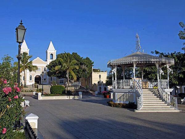 San Jose del Cabo Plaza Mijares