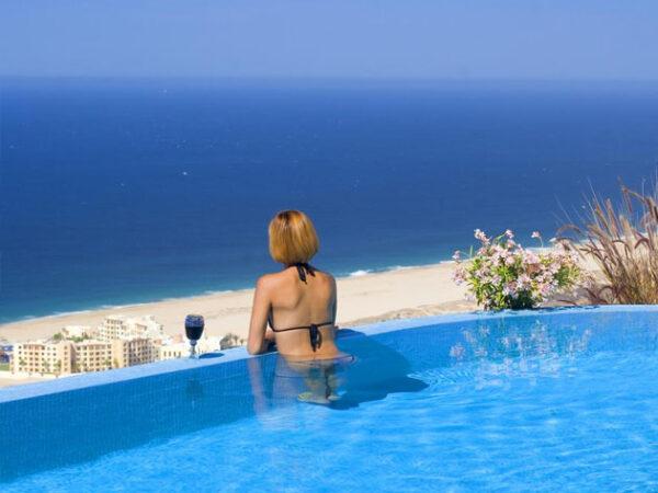 Beachfront Villa Vacation Rentals in Los Cabos