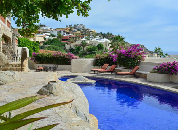Beachfront Vacation Rentals in Cabo San Lucas