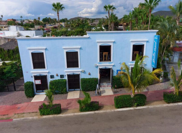Gallo Azul, Downtown Loft Style Apartment