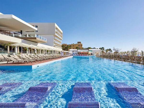 Hotel Riu Baja California