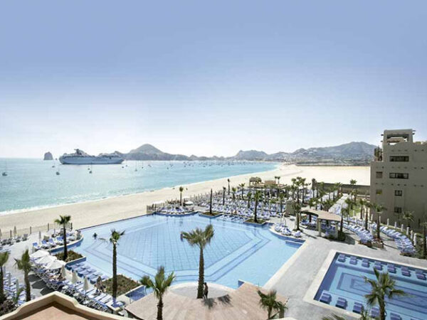 Beachfront Hotels in Cabo San Lucas